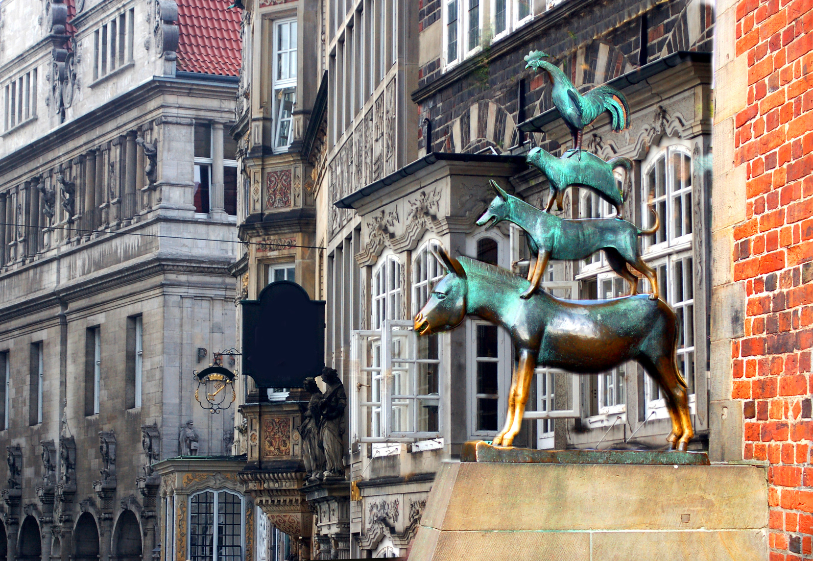Baureinigung Bremen Auch die Bremer Stadtmusikanten erstrahlen im sauberen Glanz Dank der Reinigung der Ö&I Clean group GmbH