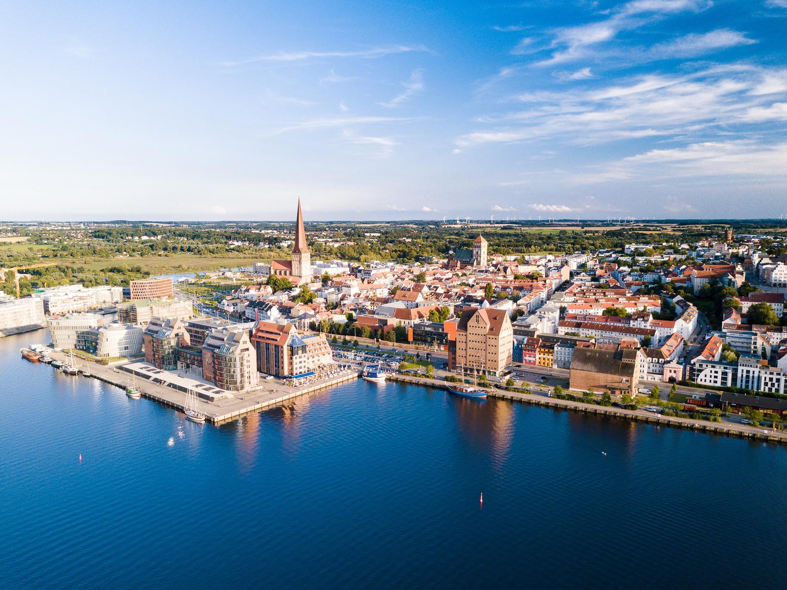 Baureinigung-Rostock und Ö&I CLERAN group GmbH sorgt in der Hansestadt für Sauberkeit.